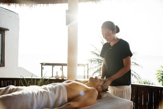 pratiquer un massage après le travail